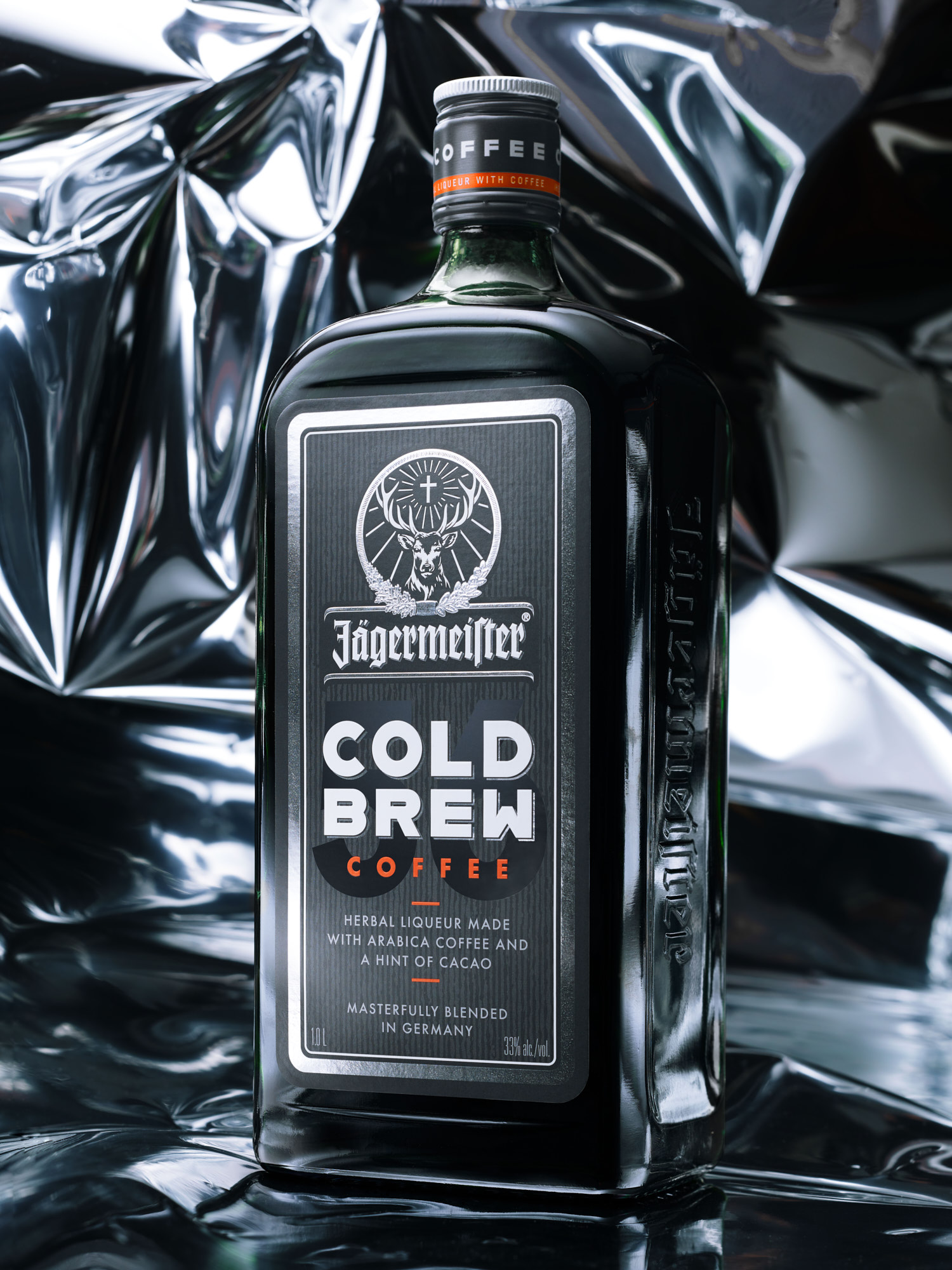 bernd-westphal-stillstars-cases-studio oeding-jägermeister-liquid-still-life-photography-003